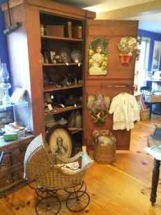 duffys-attic-display