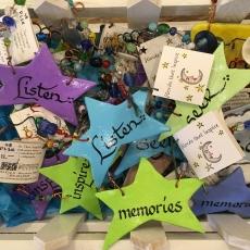 Adele_Star hangers